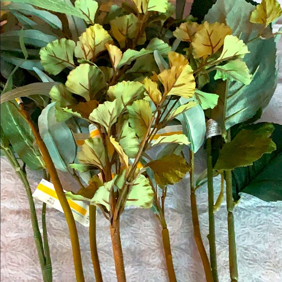 NEW Bundle of Faux Floral Greens - 8 Stems